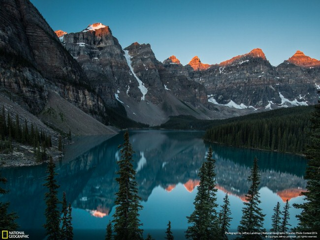 images of nature - Lake Moraine, Alberta, Canada