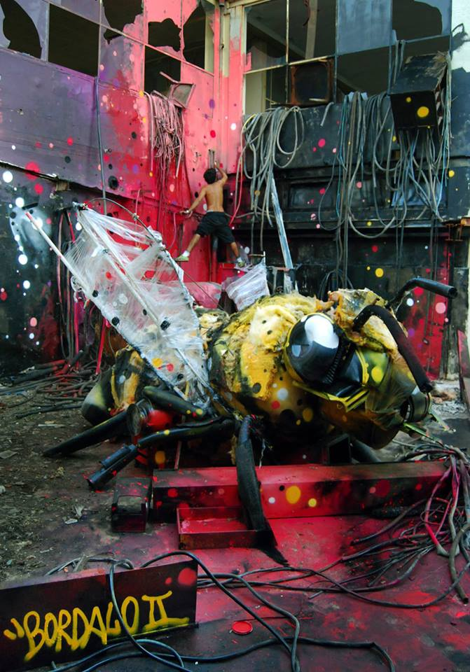 recycled sculpture Beeg Bee