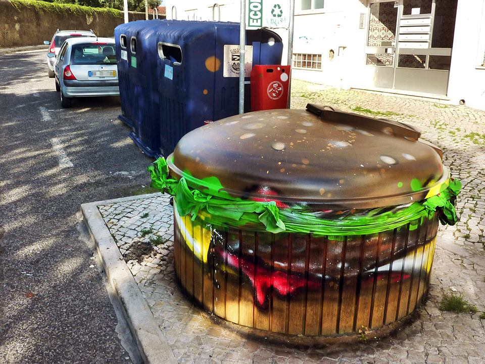 recycled sculpture trashburger