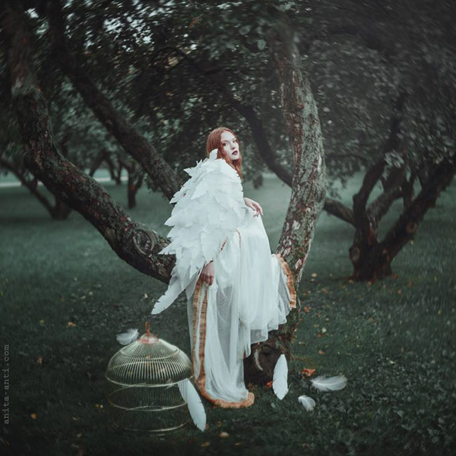 fairytale women with animals photos - Fallen