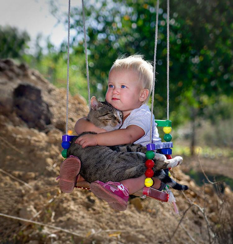 cute-kids-with-cats-5