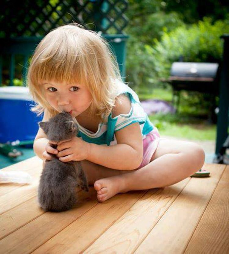 cute-kids-with-cats-6