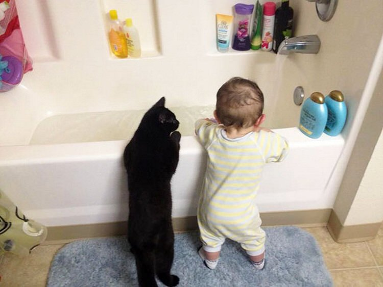 cute-kids-with-cats-7