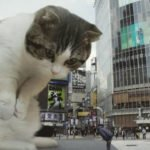 Man Photoshops Giant Cats Into Everyday Scenes And The Results Are Amazing
